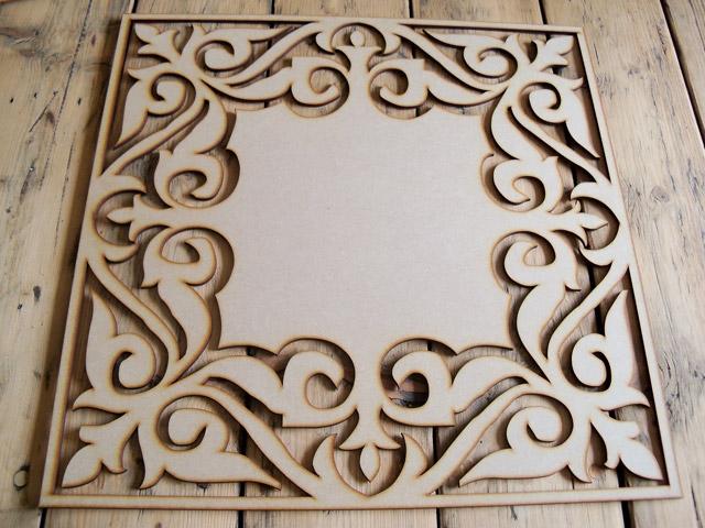 Houten raampanelen oud houten paneel met ramen with for Houten decoratie voor raam
