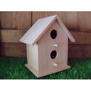 houten-vogelhuis-vierkant