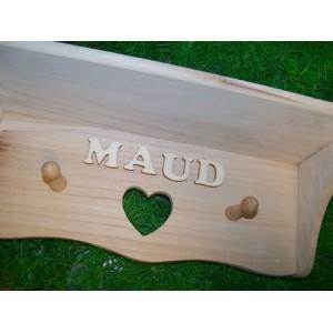 houten-kapstokje-met-letters