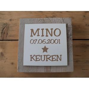 steigerhout-met-naam-en-geboortedatum