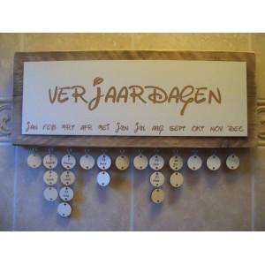 verjaardagskalender-steigerhout-speels-