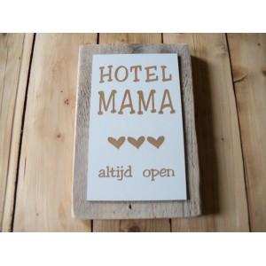 steigerhout-hotel-mama-groot-hartjes