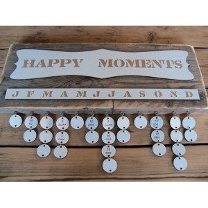 Verjaardagskalender steigerhout 'Happy Moments'