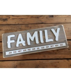 Verjaardagskalender steigerhout 'FAMILY'