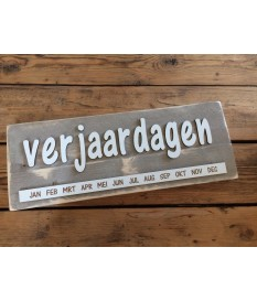 Verjaardagskalender steigerhout 'verjaardagen letters11'