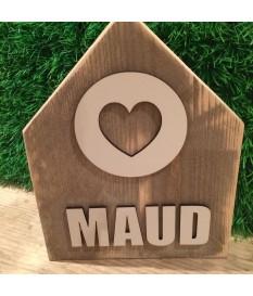 Steigerhout huisje met naam en cirkel met hart