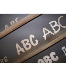 Mini letters in mdf lakboard